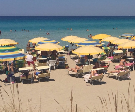 Salentissimo.it: Crystal Beach Gallipoli, spiagge del Salento